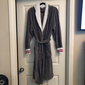 Other - Canadiana Robe Size X/XL